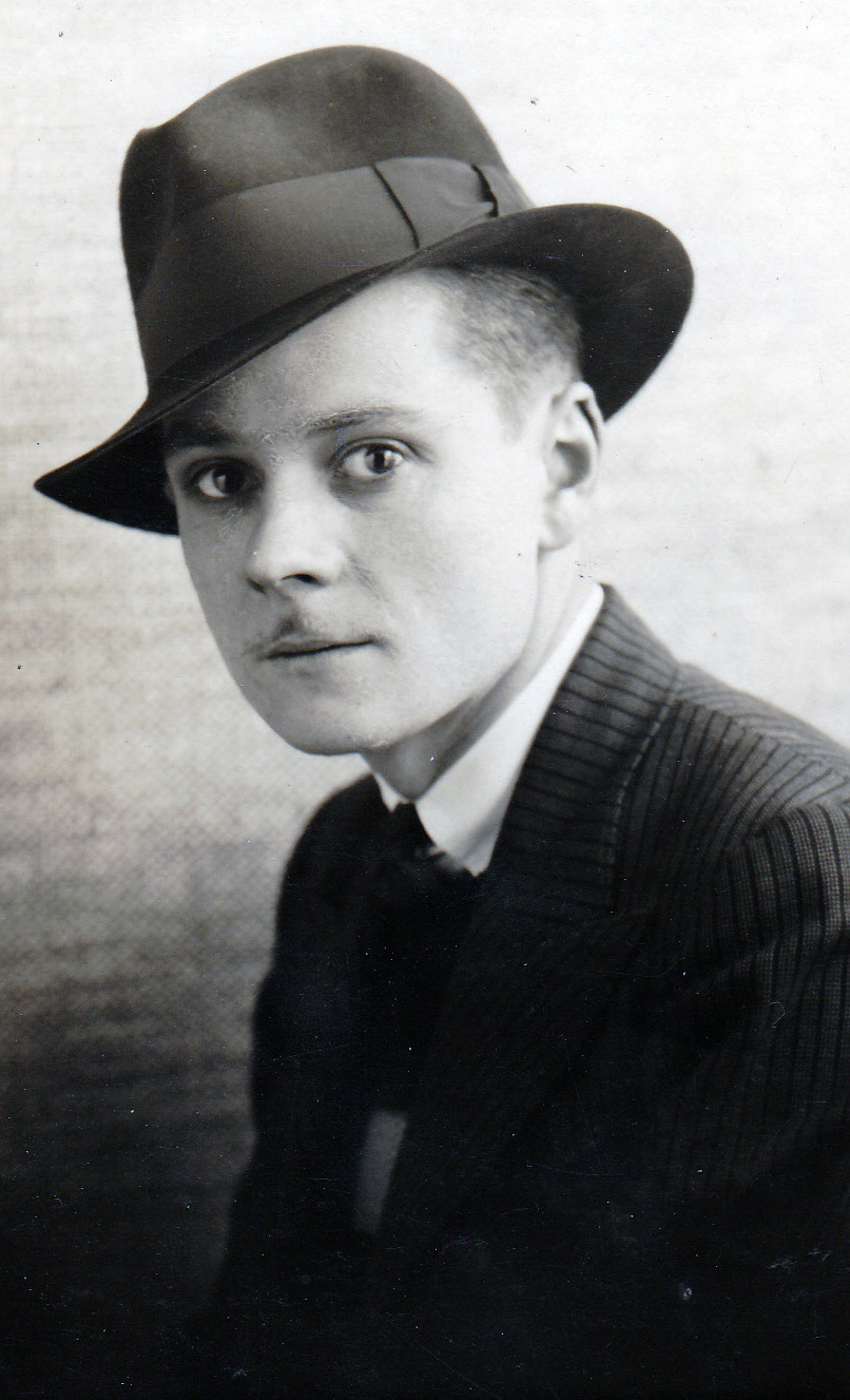 Awesome 1920S And 1930S Mens Hairstyles Photogram Short Hairstyles For Black Women Fulllsitofus